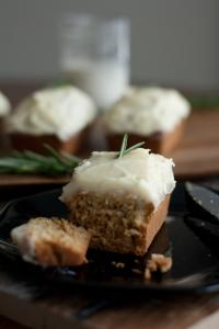 Rosemary-Vanilla Mini Cakes with Vanilla Mascarpone Frosting